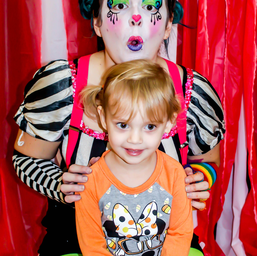 Clown character, with Earth Fairy Entertainment in Portland Oregon, professional coporate entertainer, birthday party, kids staged show
