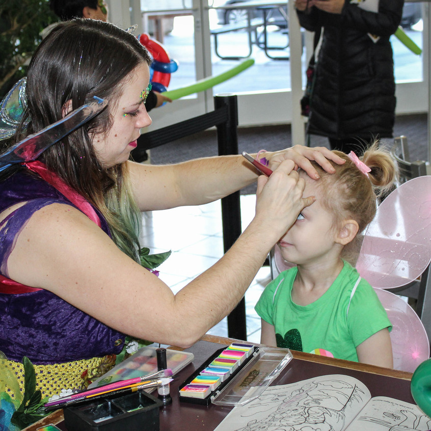 Face Paint and Balloons in Portland Oreg