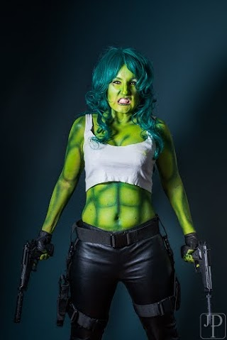 Portland Oregon Face and Body painter for Halloween costumes for Cosplay, airbru