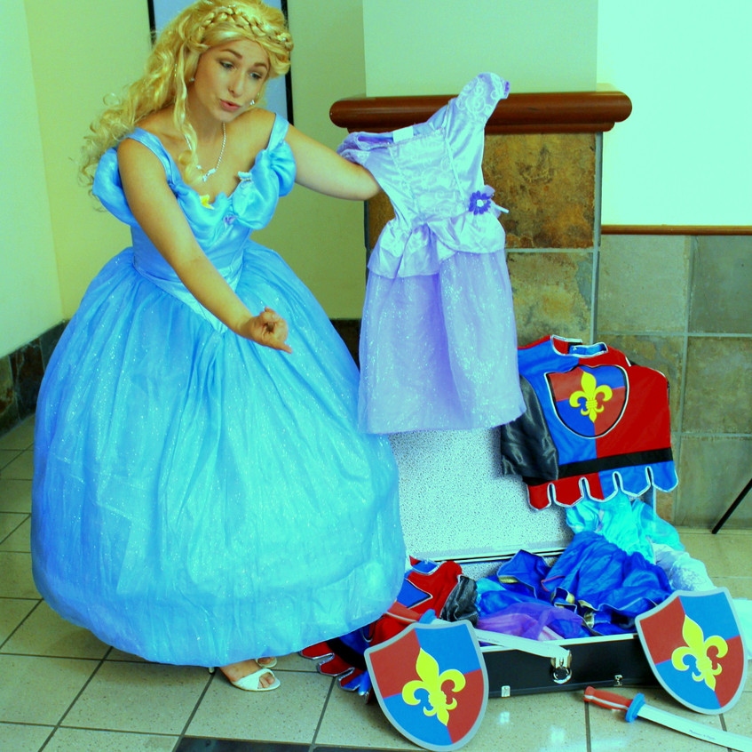 Princess Party with Earth Fairy Entertainment in Portland Oregon, Cinderella look alike, butterfly, birthday party,  costume character, corporate entertainer, Vancouver