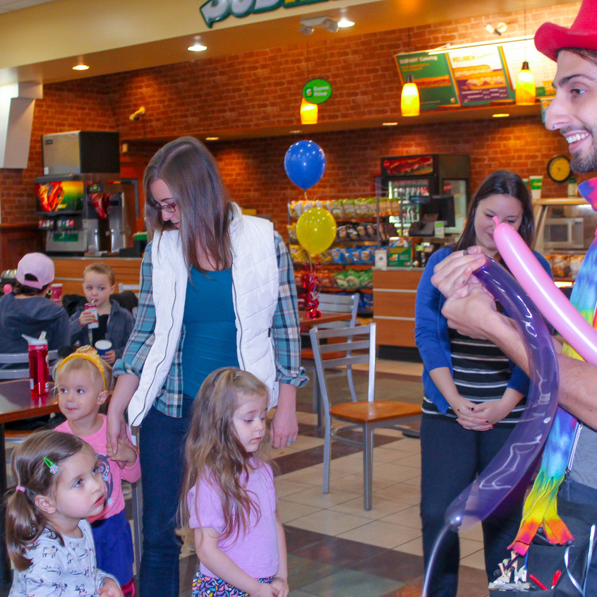 Clown with Earth Fairy Entertainment in Portland Oregon, professional coporate entertainer, birthday party, kids staged show, Hillsboro