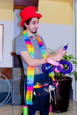 Balloon Twister with Earth Fairy Entertainment in Portland Oregon, professional coporate entertainer