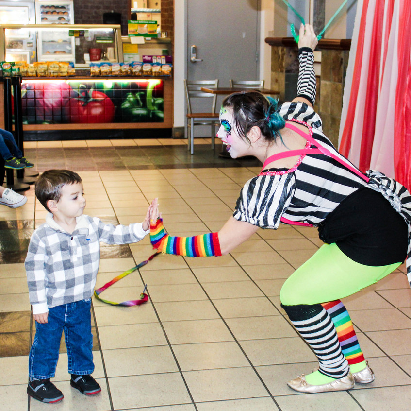 Clown with Earth Fairy Entertainment in Portland Oregon, professional coporate entertainer, Milwaukie, Vancouver, staged show