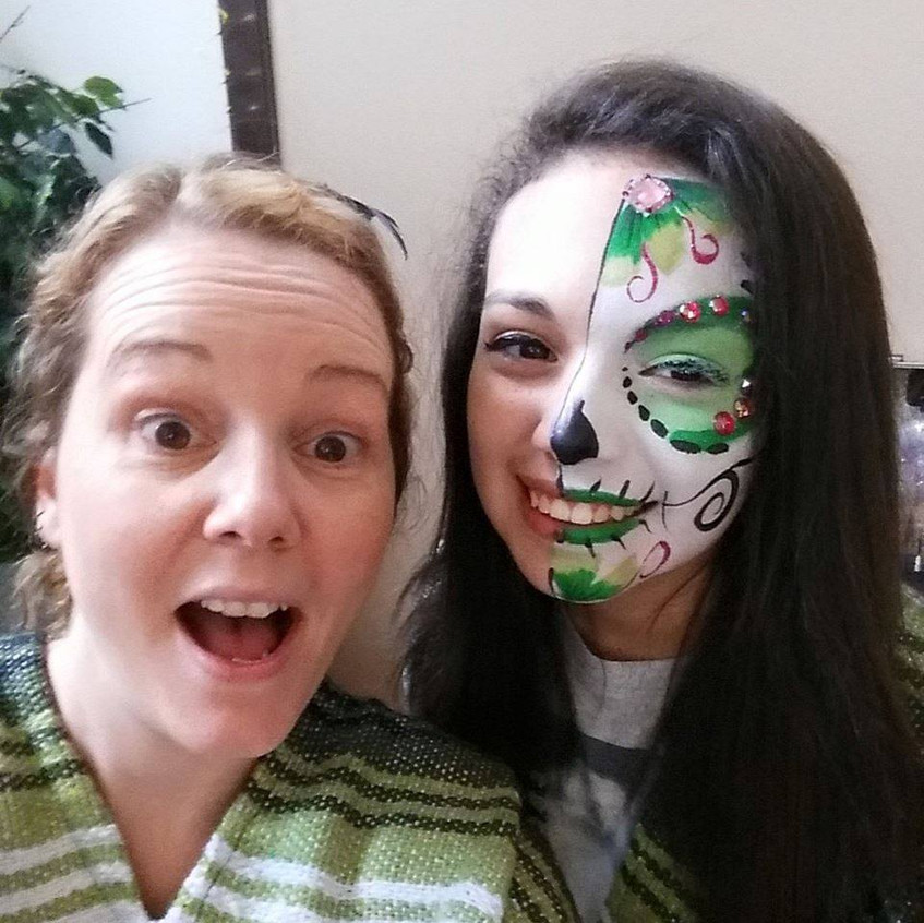 Day of the Dead, Green Sugar Skull,  face paint and makeup by Sarah Pearce with Earth Fairy Entertainment in Portland Oregon, Dia Los Murtos costume, jewels, Hillsboro, Beaverton, Halloween