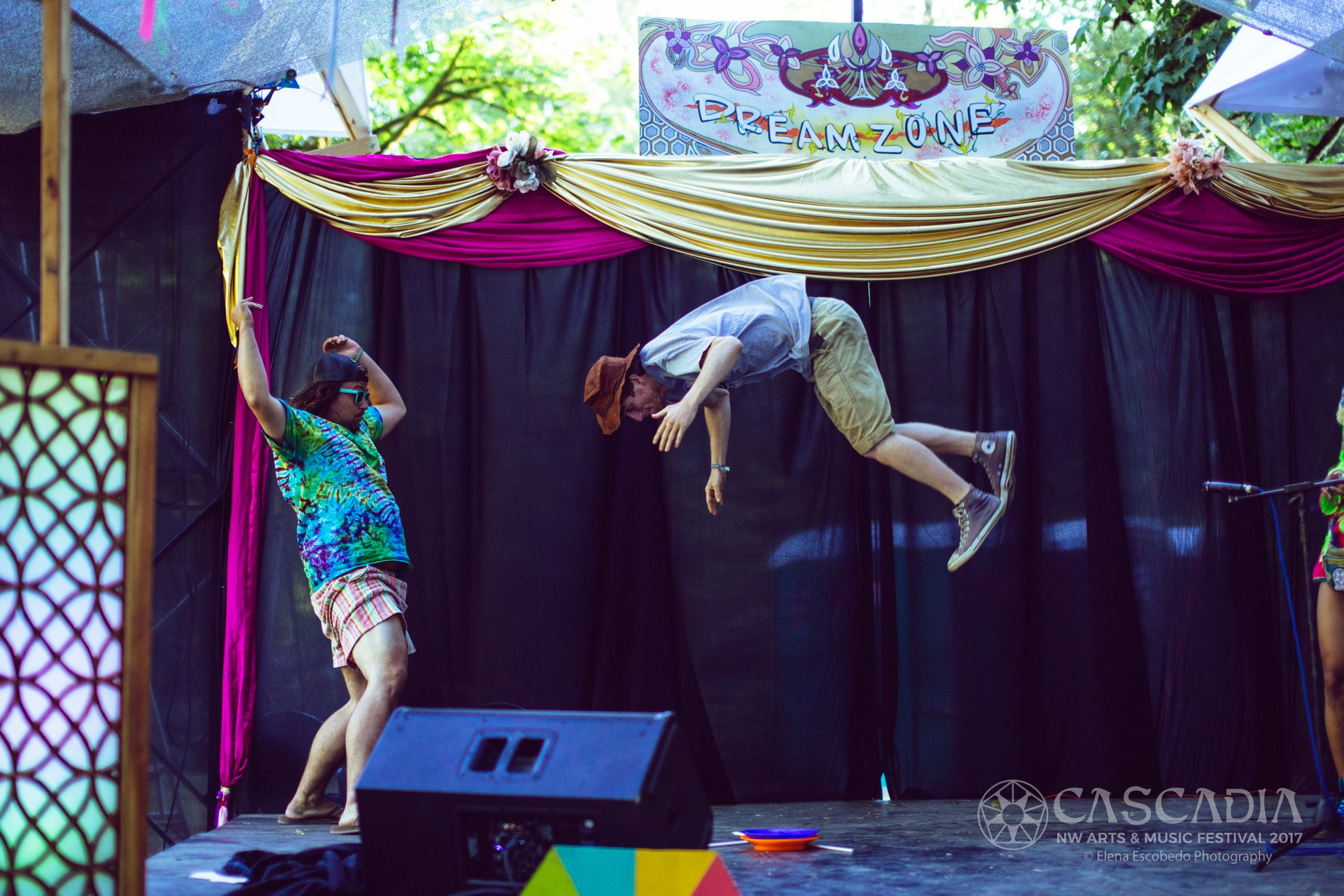 Acrobatic juggling duo show, stage perfo