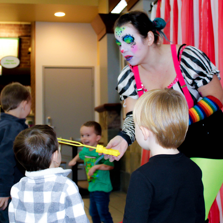 Clown with Earth Fairy Entertainment in Portland Oregon, professional coporate entertainer, Hillsboro, Vancouver, staged show