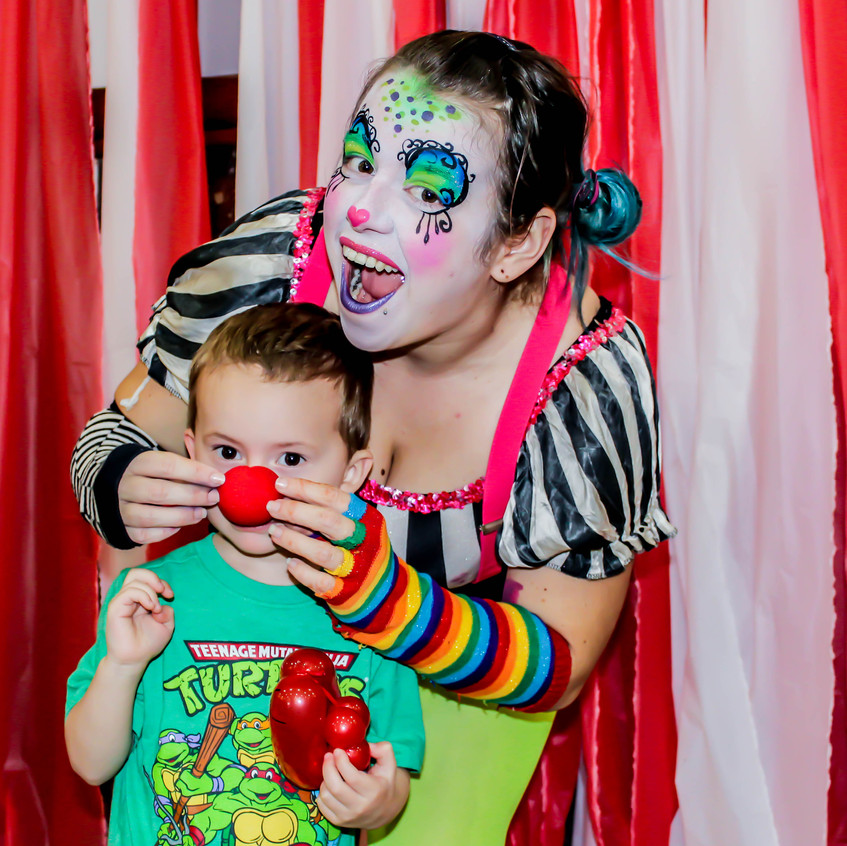 CHildrens Clown with Earth Fairy Entertainment in Portland Oregon, professional coporate entertainer, birthday party, kids staged show