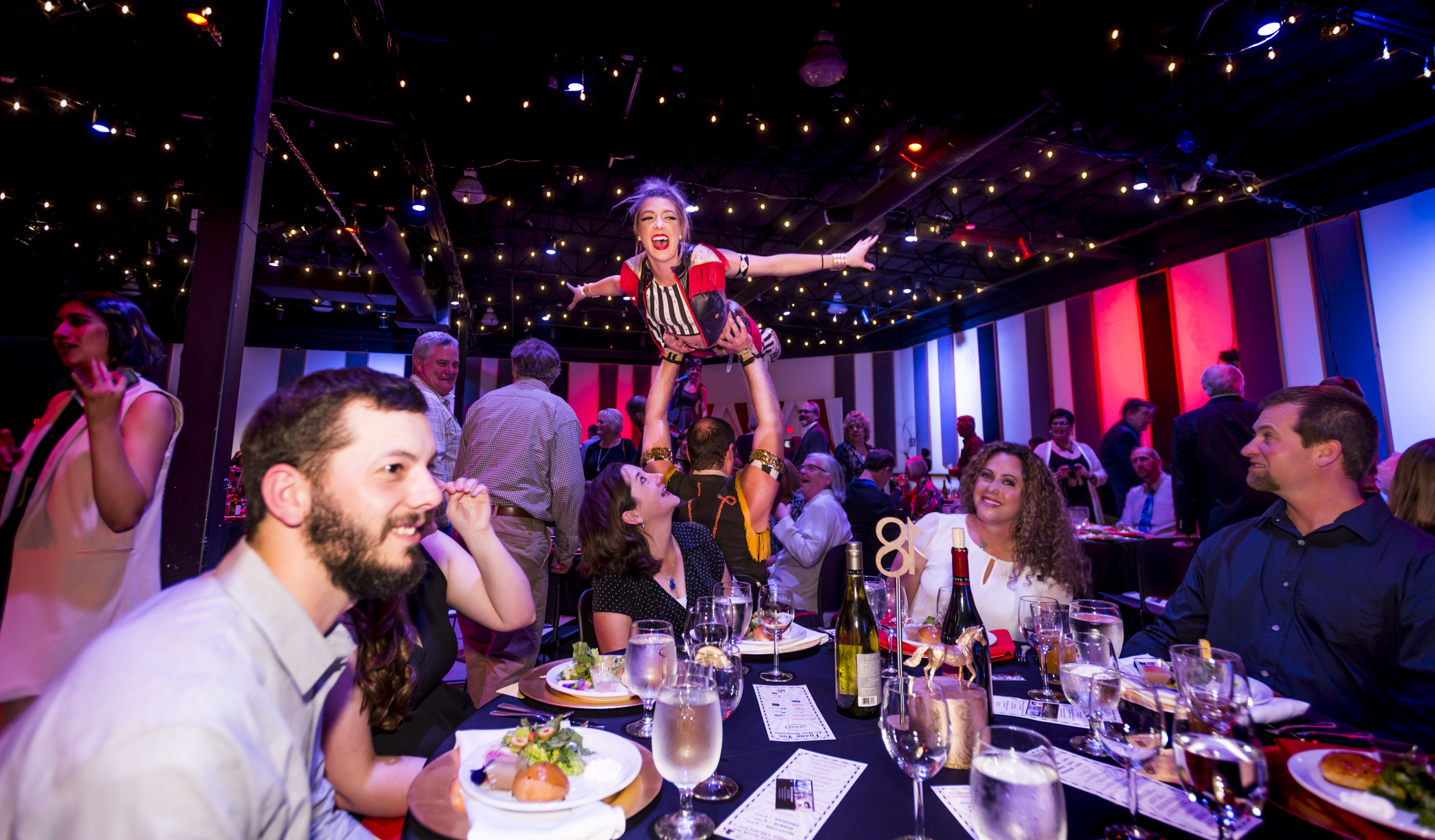 stilt walker, acrobatic staged performance, professional corporate  entertainers in Portland Oregon