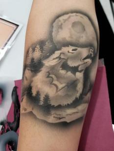 Airbrush Wolf Tattoos