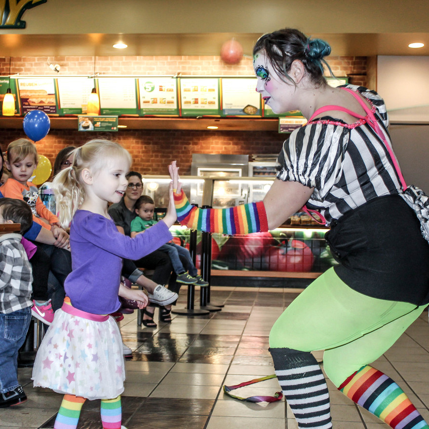Clown with Earth Fairy Entertainment in Portland Oregon, professional coporate entertainer, Tigard, Vancouver, staged show