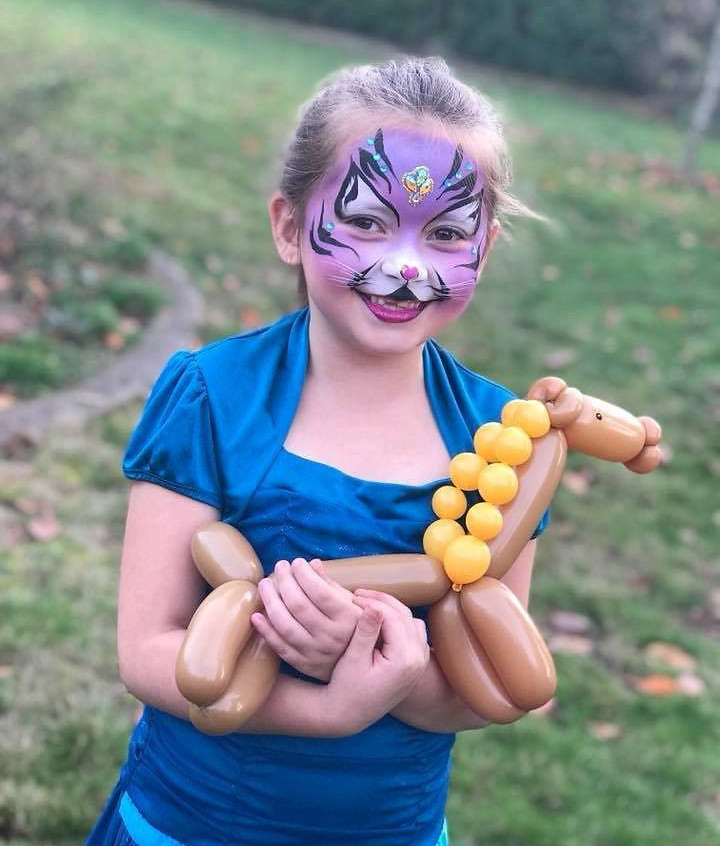 Face Paint and Balloon Twisting by Earth