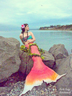 Mermaid for hire by Earth Fairy Entertai