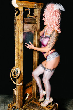 Lingerie body paint by Sarah Pearce with Earth Fair Entertainment in Portland Oregon, professional a
