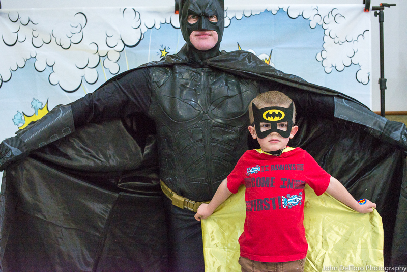 Bat Hero Man costume character appearance by Portland Party Characters in Oregon, kids super hero birthday party, hire professional entertainer, Hillsboro, Vancouver, Tro