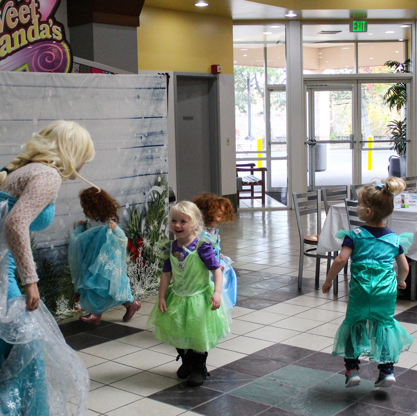 Frozen themed Adventure Club, princess a
