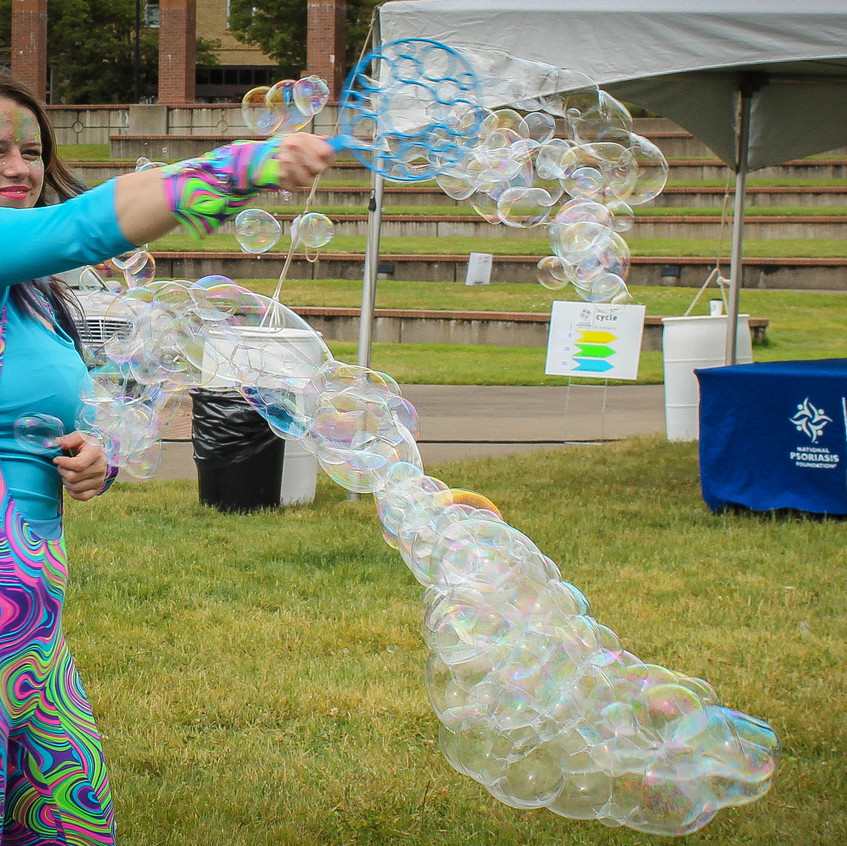 Bubble Performer in Portland Oregon with
