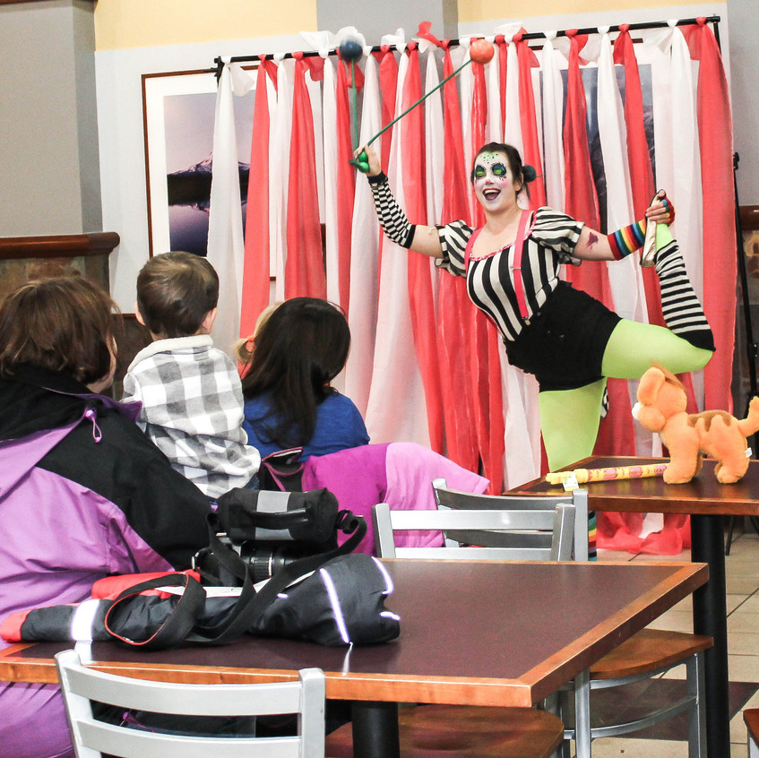 Clown with Earth Fairy Entertainment in Portland Oregon, professional coporate entertainer, birthday party, kids  fun staged show