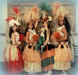 Hawaiian hula dancer with Earth Fairy Entertainment in Portland Oregon, Tahatian authentic costume,