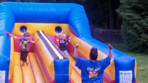Bungee Run Inflatable Game with Earth Fa