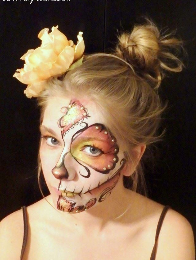 Day of the Dead, Sugar Skull,  face paint and makeup done by Sarah Pearce with Earth Fairy Entertainment in Portland Oregon, Dia Los Murtos costume, jewels, Hillsboro, Beaverton, Halloween