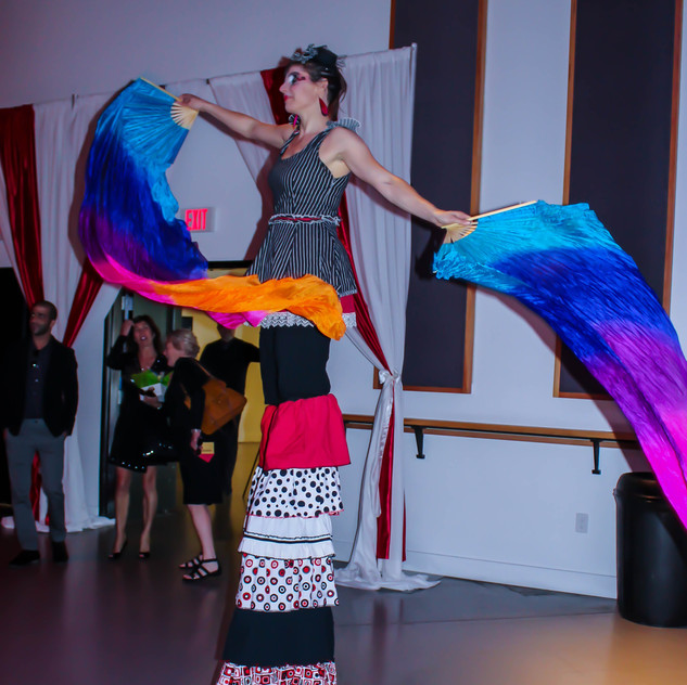 stilt walkers and circus performers with Earth Fairy Entertainment in Portland Oregon, juggler, magician, Hillsboro Chamber