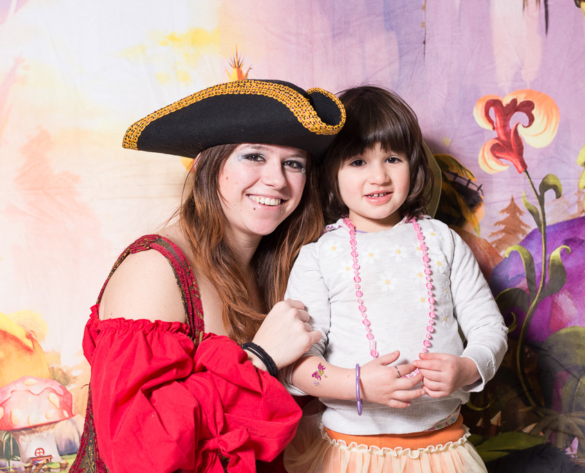 Pirate character appearance from Earth Fairy Entertainment, adventure club, childrens activities, party planning, kids fun Portland Hillsboro Beaverton workshop