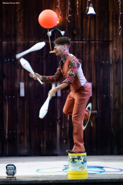 Staged Circus Show with Earth Fairy Ente