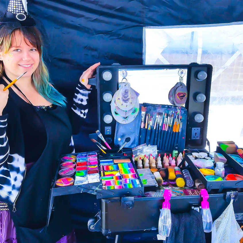 Earth Fairy Entertainment booth from Portland, at Spirit of Halloween Town in  St Helens Oregon, artist Shawna Thomas