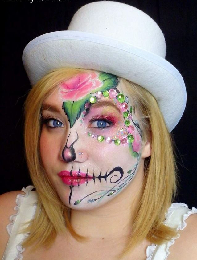 Sugar Skull, Day of the Dead, face paint and makeup by Sarah Pearce with Earth Fairy Entertainment in Portland Oregon, Dia Los Murtos costume, jewels, Hillsboro, Beaverton, Halloween