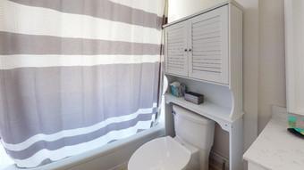 Beautiful-Home-on-Manasota-Key-Bathroom.
