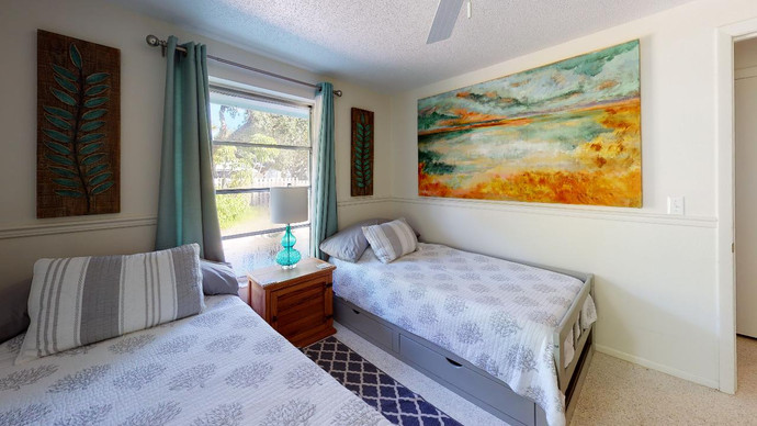 Beautiful-Home-on-Manasota-Key-Bedroom(3