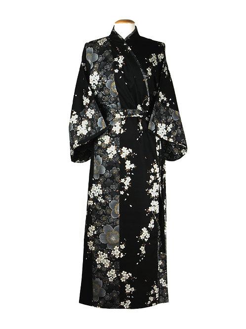 "Traditionele Japanse kimono met ""Kersenbloesem"" dessin. zwart wit"