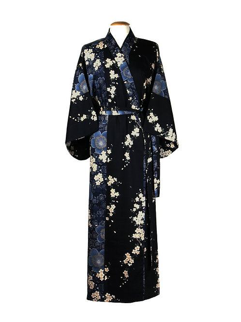 "Traditionele Japanse kimono met ""Kersenbloesem"" dessin. blauw wit zwart"
