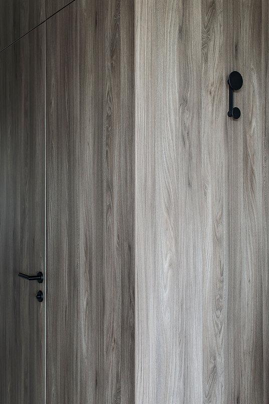 caramel-architekten-martina hatzenbichler-wien-vienna-innenarchitektur-interior design-apartment-wohnung-kasten-wardrobe-holz-wood