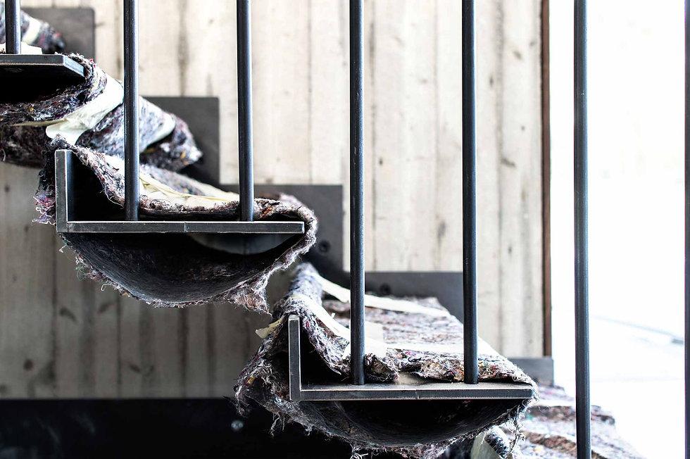 martina hatzenbichler-innenarchitektur-interior design-wien-vienna-architektur-einfamilienhaus-single familiy house-baustelle-building site_stahlstiege_steel stairs_01