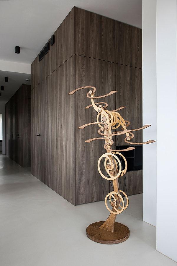 caramel-architekten-martina hatzenbichler-wien-vienna-innenarchitektur-interior design-apartment-wohnung-gang-hallway-holzwand-wooden wall