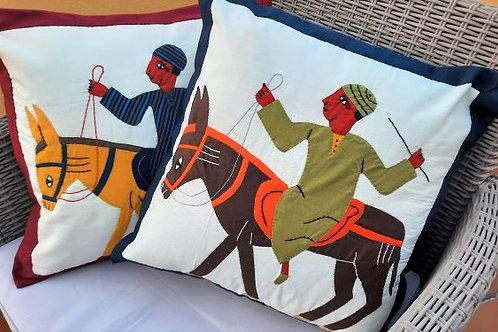 Deux coussins Egyptien  fait en appliqué coton