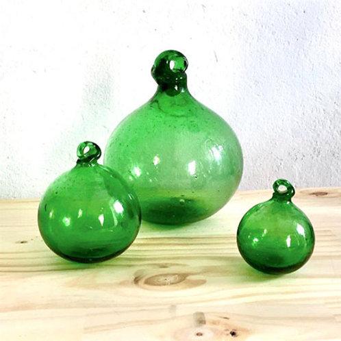 boules vertes en verre soufflé égyptien - trois tailles