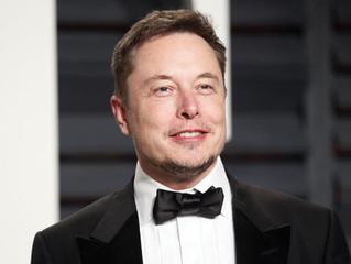 Para Elon Musk, EUA poderiam sobreviver só de energia solar - Falando para mais de 30 governadores,
