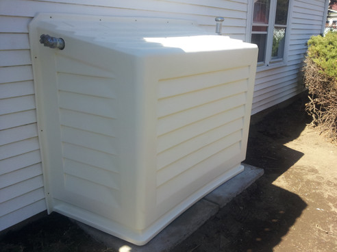 Tank Mate Covered Oil Tank