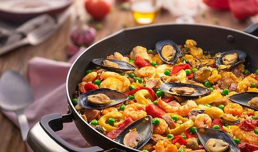 paella-valenciana-com-frutos-do-mar-imagem-passo-5-70e37d0072_2x.jpg