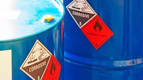 Minuto da Segurança: Manipulação de Produtos Químicos