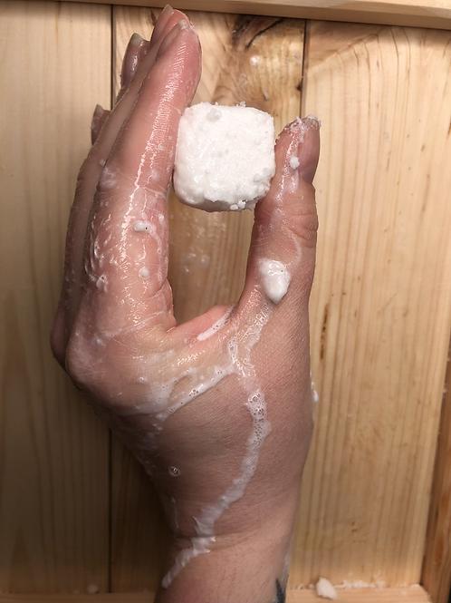 Eco shampoo cube