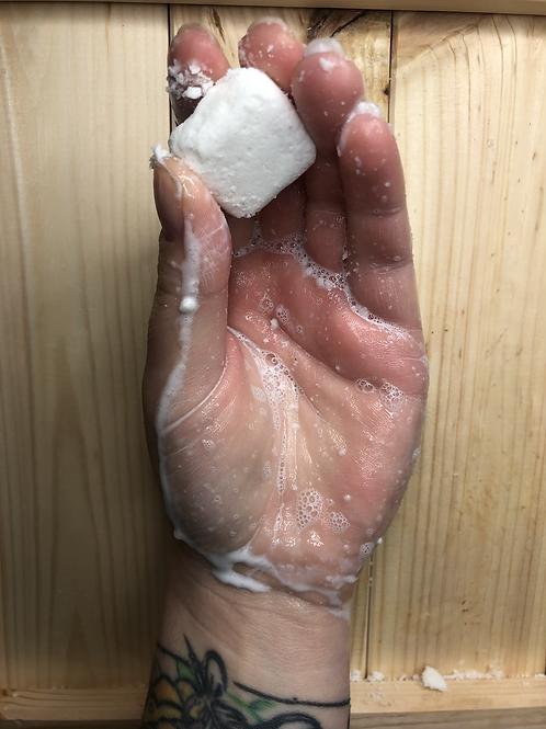 Box of 5 eco shampoo cubes