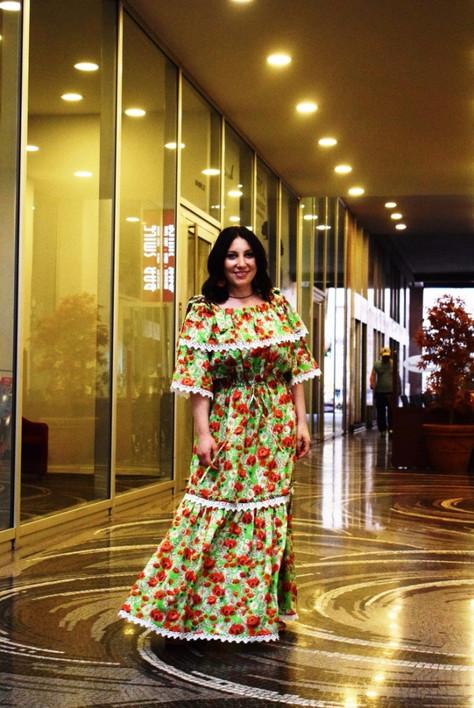 Показ моделей одежды русского салона мод в Милане