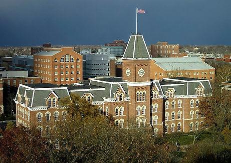 800px-University_Hall,_The_Ohio_State_Un