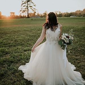 Janett, Anderson Florist, & Blue Sky Bridal