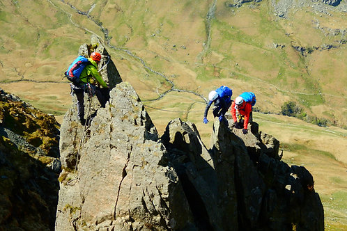 Advanced Scrambling Experience I Lakeland Mountain Guides