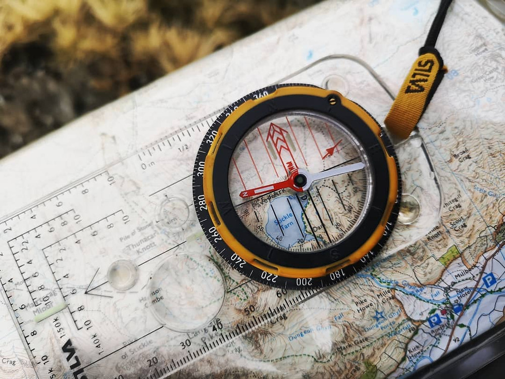Navigation Training in the Lake District I Lakeland Mountain Guides