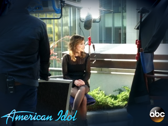 On the American Idol set at the country music hall of fame 2018